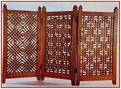 Деревянная решетка в восточном стиле